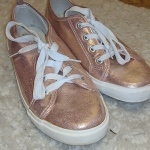 Rose Gold fasion sneakers!